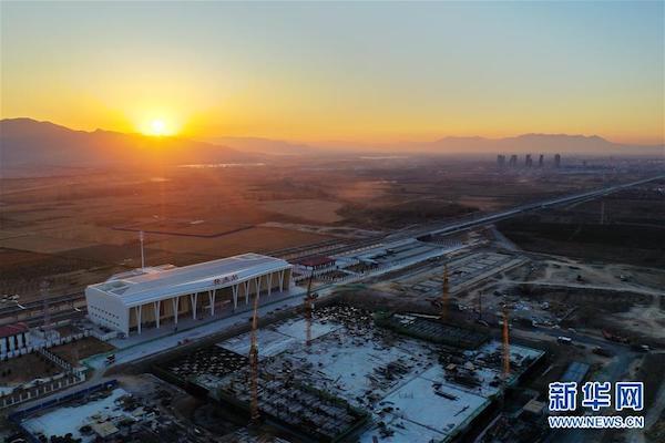 京张高铁河北怀来站(11月27日无人机拍摄)。新华社记者 邢广利 摄