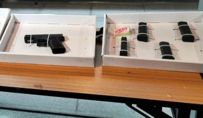 香港警方检获手枪子弹 暴徒欲枪击路人嫁祸警察
