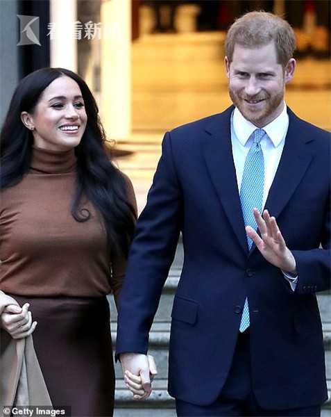哈里王子辞去王室公职 女王看电视才知道很愤怒