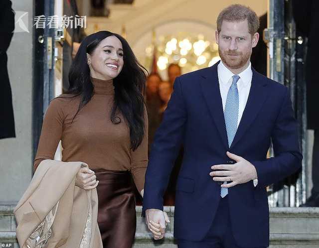 申博官网下载:哈里佳耦僵持王室头衔 也再也不歪式代表英国女王