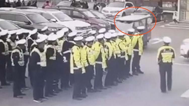 什么情况?男子酒驾直闯交警队:我是来要车的!