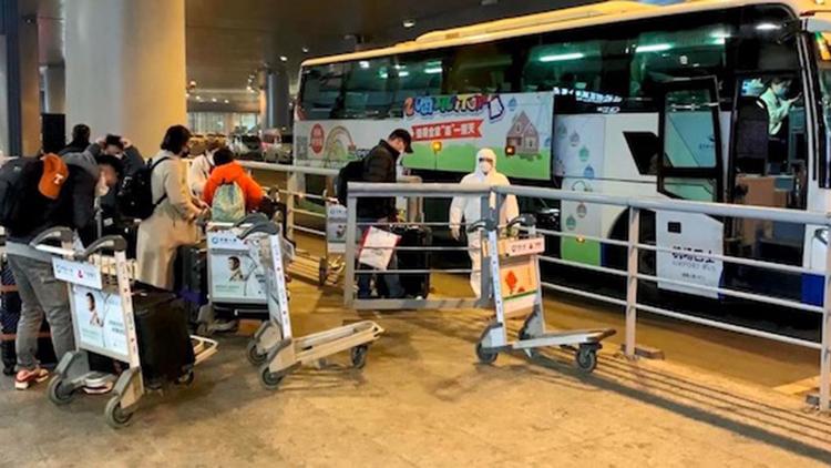 首尔飞南京航班发现3名发热乘客 94名旅客被隔离