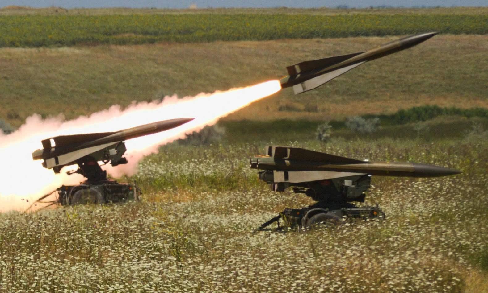 """美制""""霍克""""防空导弹"""