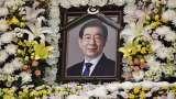 朴元淳特别市葬举行 女秘书一方称被性骚扰4年