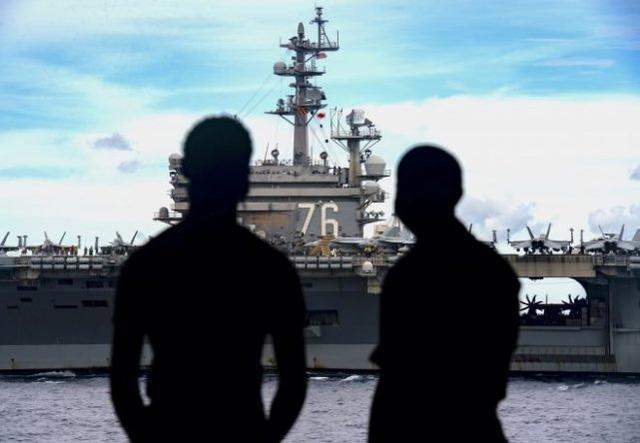美航母打击群逼近中国南海演习区