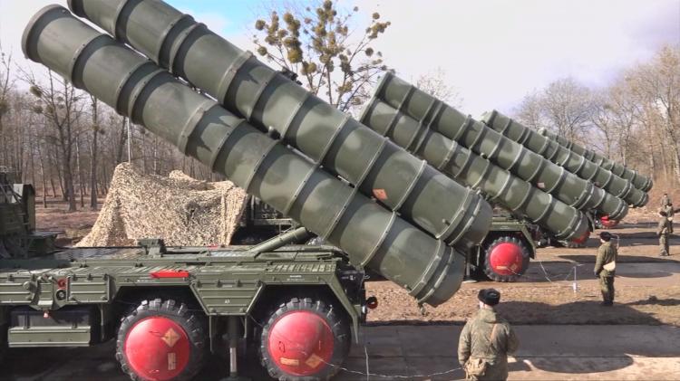 俄制S-400防空导弹
