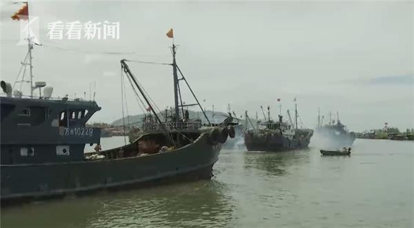 南海伏季休渔结束 海南1.67万艘渔船扬帆出海