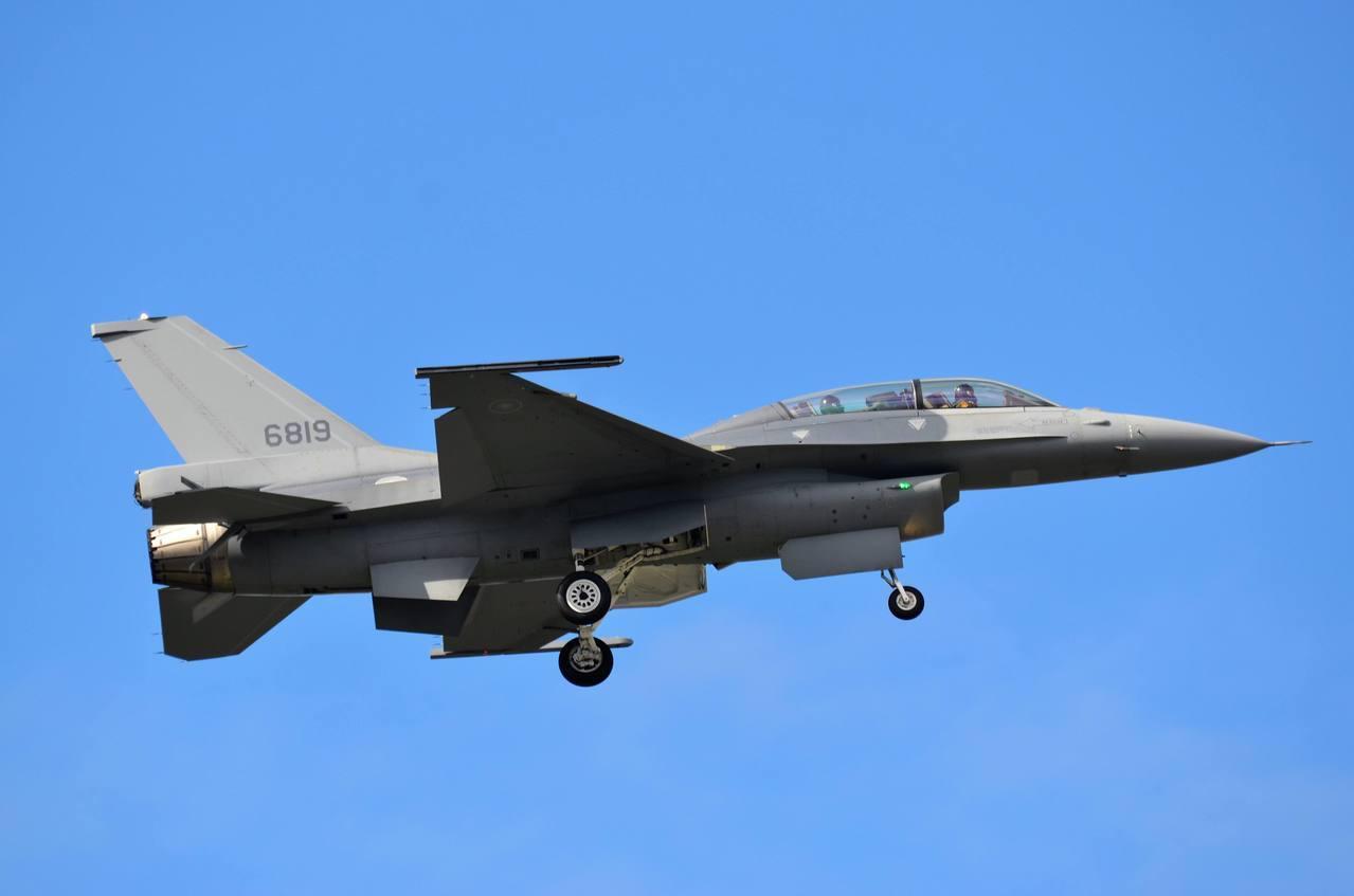 台购美F-16V战机
