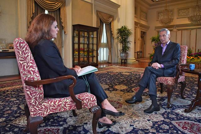 李显龙接受BBC采访