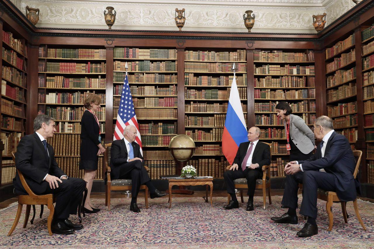 当地时间6月16日 瑞士日内瓦 美国总统拜登与俄罗斯总统普京举行会晤
