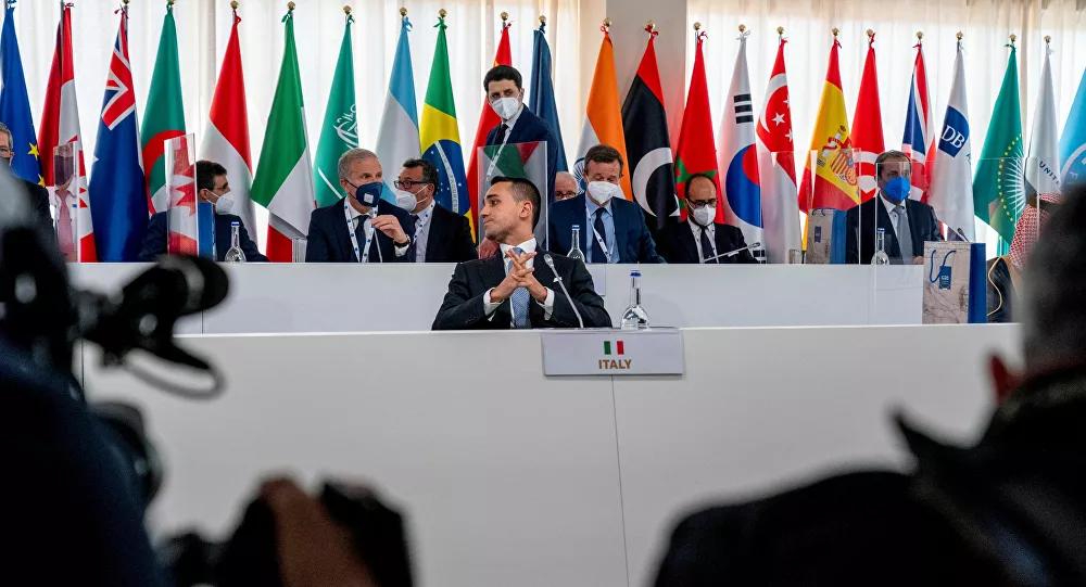 G20外長會后舉行新聞發布會,意大利外長迪馬約主持