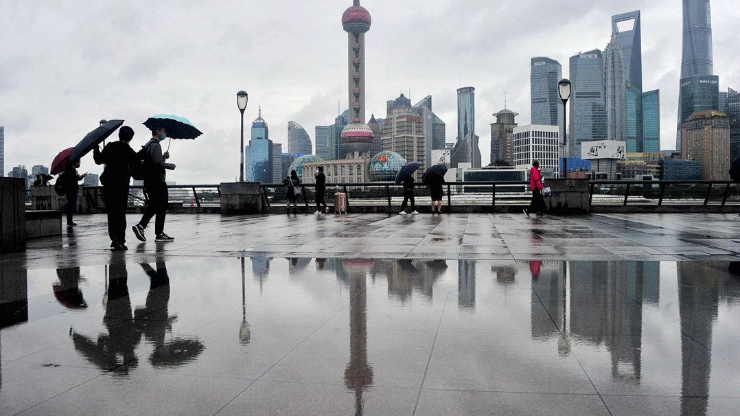 上海气温跳水近十度或就此入秋 最冷的还在后面