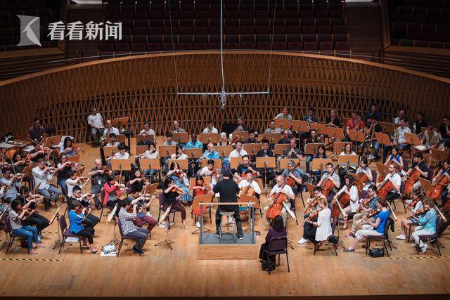 艾伦·吉尔伯特指挥德沃夏克《第九交响曲》